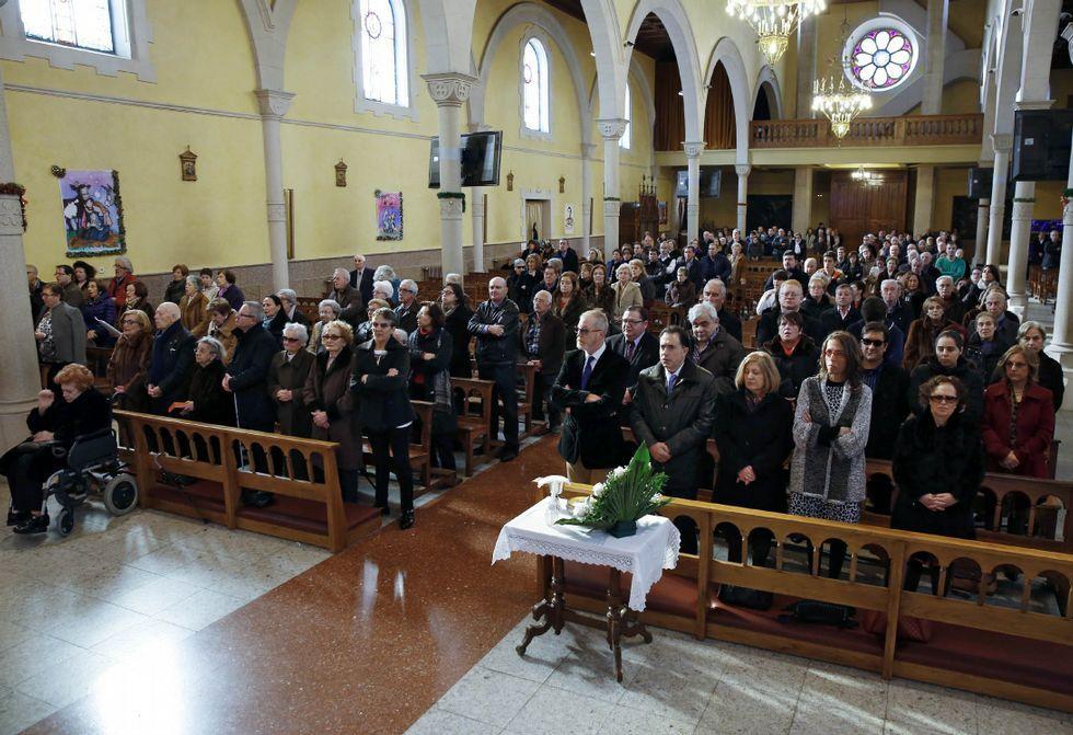 <span lang= es-es >Día de celebración</span>. La ONCE de Ourense celebró el día de su patrona, santa Lucía. Con una misa, primero, y después con una comida en la que no faltaron los homenajes.