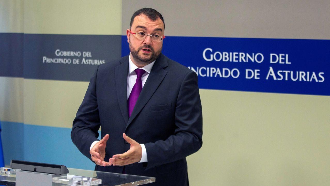 Calviño: «La falta de Gobierno operativo tiene un coste».Adrián Barbón