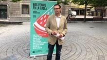 José Luis Costillas, concejal del Ayuntamiento de Oviedo, en la presentación del programa «Nos vemos en la calle»