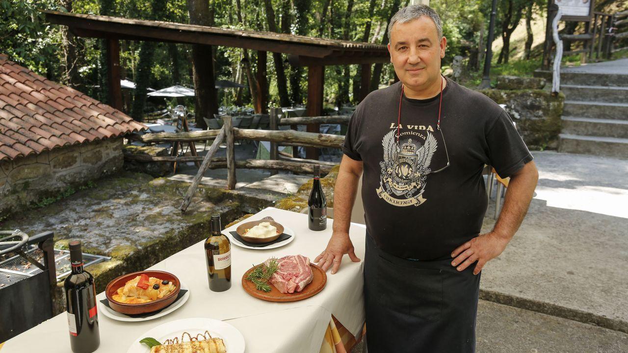 Polos miradoiros da provincia de Ourense.Santiago González Pérez, gerente del restaurante  O Muíño do Chirlo , de Celanova