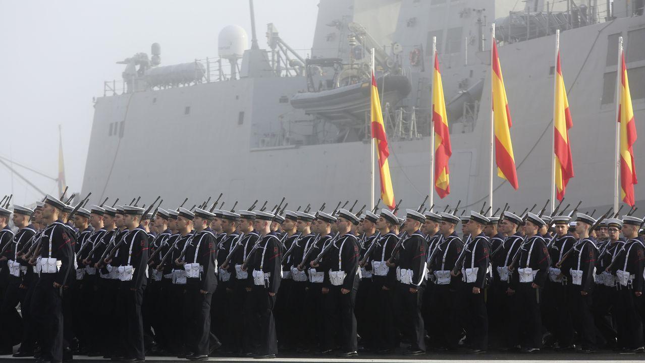 Jura de bandera de 267 marineros y49 civiles en la escuela naval de A Graña