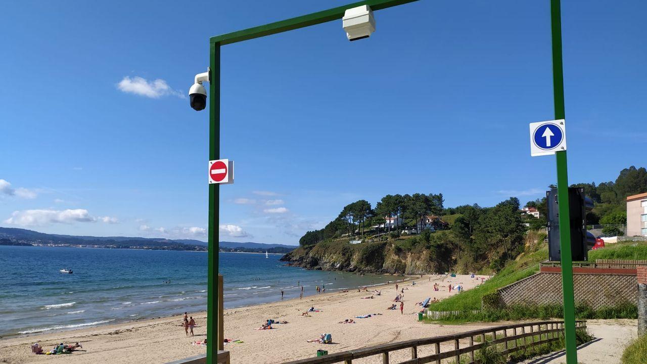 En la playa de Ber funciona desde ayer un sistema de control de aforo