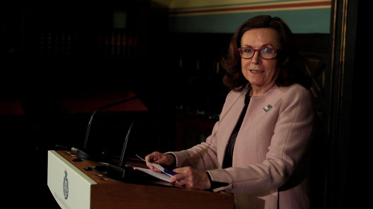 La secretaria de la RAE, Aurora Egido, informó sobre el resultado de la primera votación