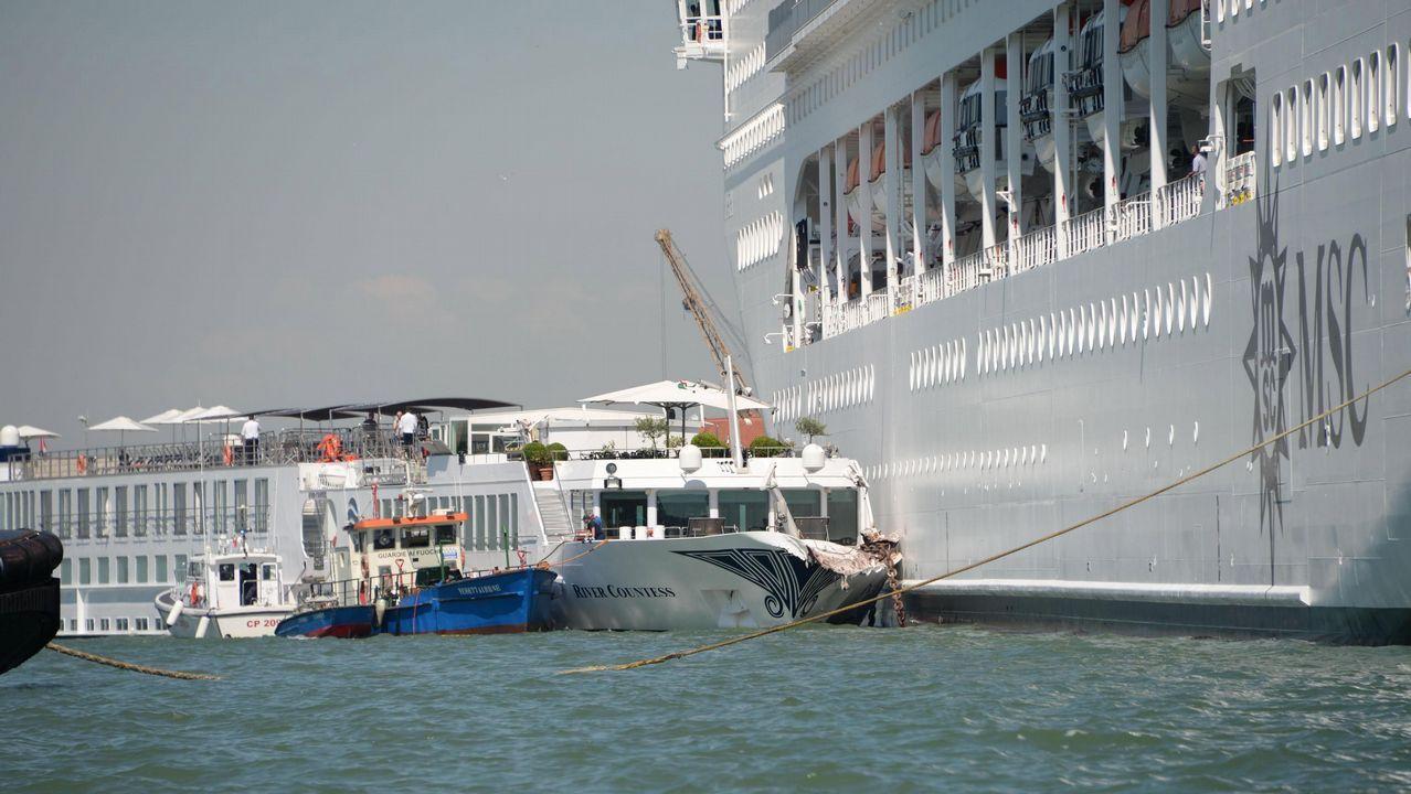 Corina Porro visita las obras de la Ciudad de la Justicia de Vigo.La colisión entre las dos embarcaciones se saldó sin heridos de consideración, a pesar de su espectacularidad