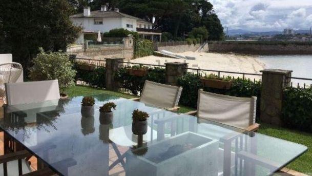 Chalets de lujo a pocos minutos de la playa en Vigo