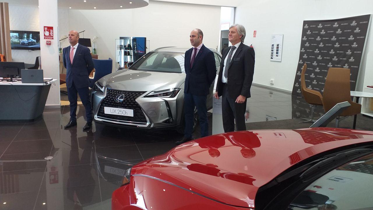 Presentación del Lexus UX 250H en su concesionario en Oviedo
