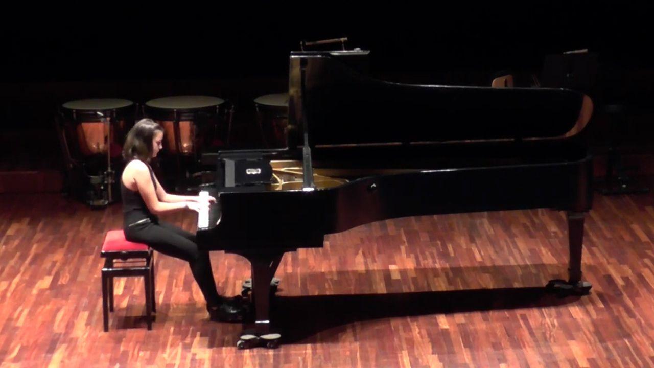 Henar Fernández Clavel al piano