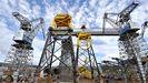 Las ya populares torres amarillas volverán a levantarse en la ría ferrolana