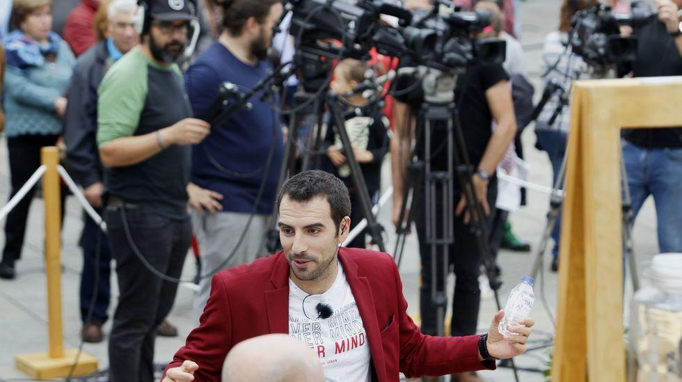 Fran Cañotas, o presentador de  Come a comarca