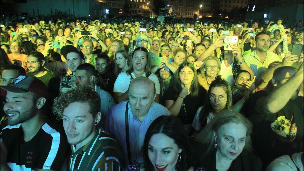 El concierto de Fangoria abarrotó la plaza