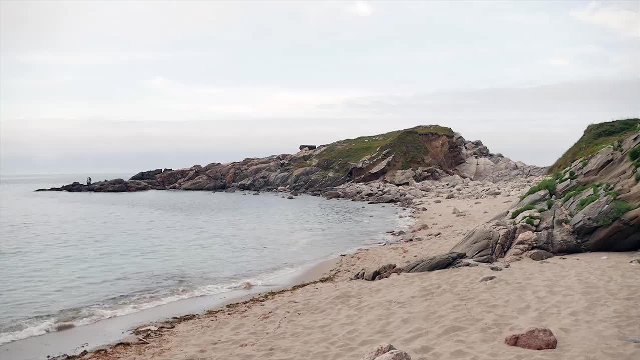 El arenal de Portonovo se encuentra en el límite entre Viveiro y Xove