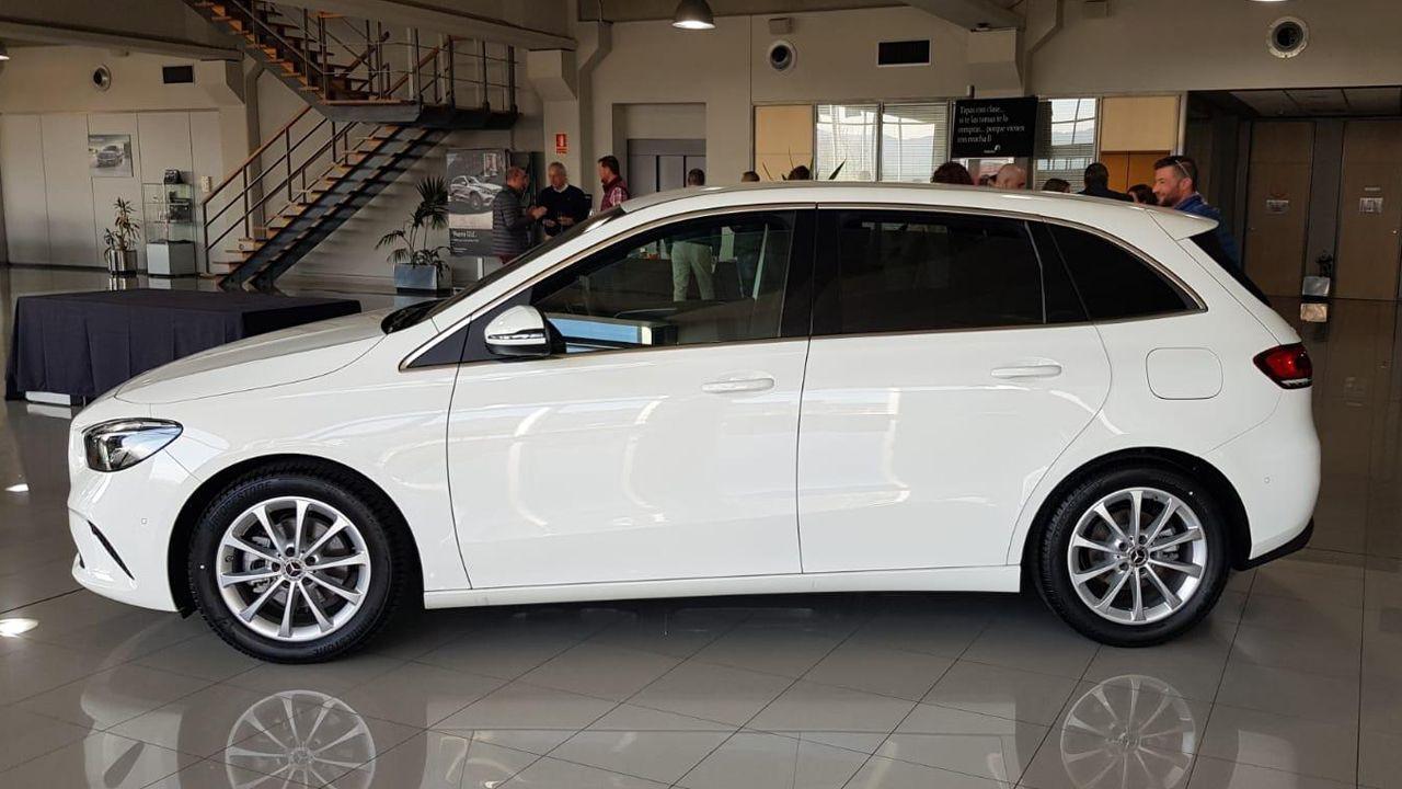 Adarsa presentó ayer en su concesionario de Mercedes en Gijón la nueva gama de la Clase B