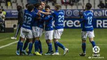 Los jugadores del Oviedo celebran el 1-0 ante el Málaga