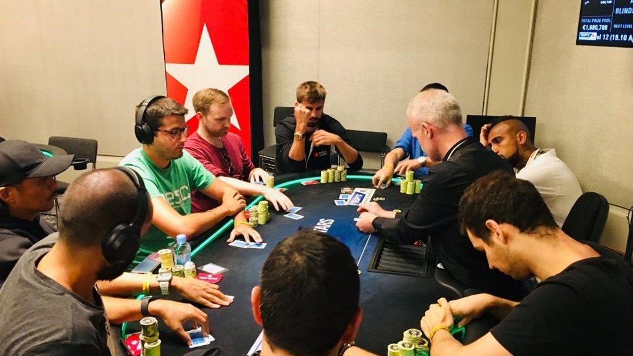 Piqué gana más de 350.000 euros en un torneo de póker