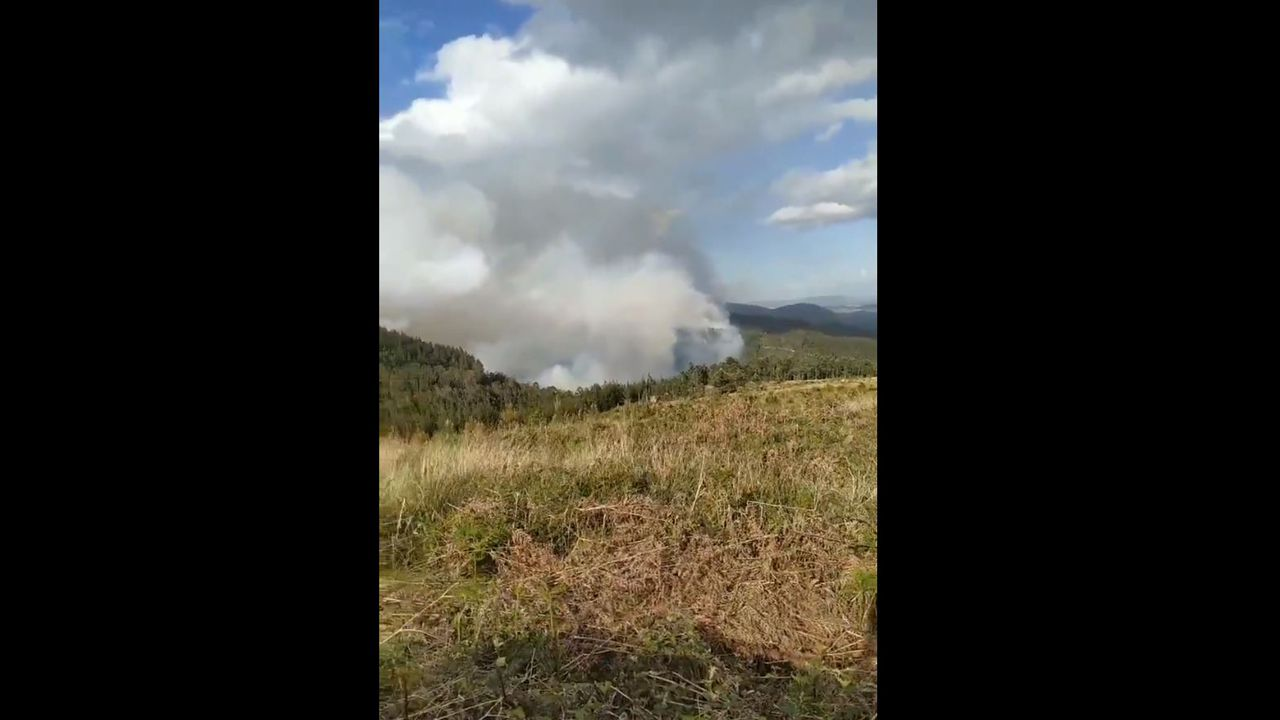 Estado del incendio declarado en el Monte Sollera