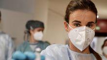 Primeras vacunas de Pfizer aplicadas en Asturias contra el Covid-19