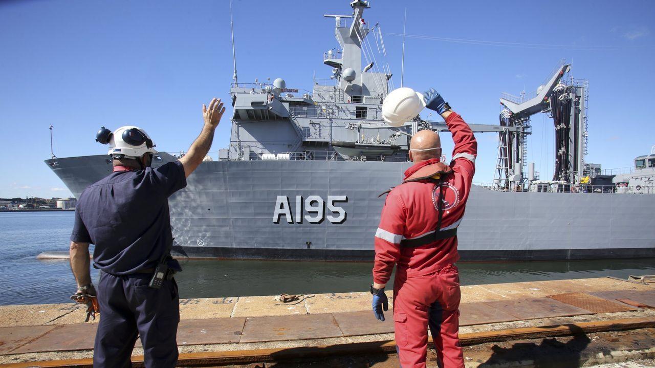 Vídeo de la botadura de un buque de apoyo a eólicos en Gondán.Almudena López del Pozo, consejera delegada de Pymar