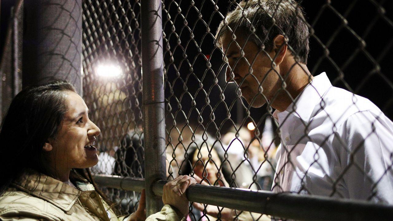 El demócrata Beto O'Rourke organizó un mitin alternativo para denunciar las mentiras de Trump