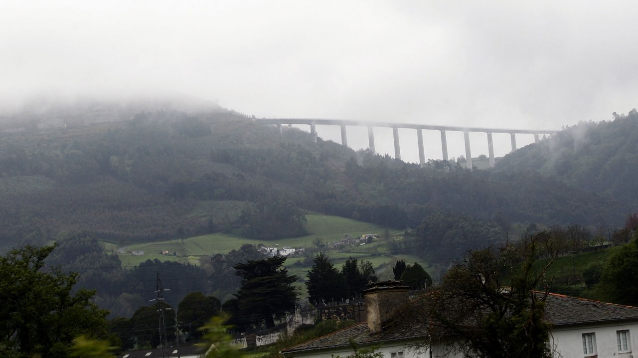 Viaducto de Navia