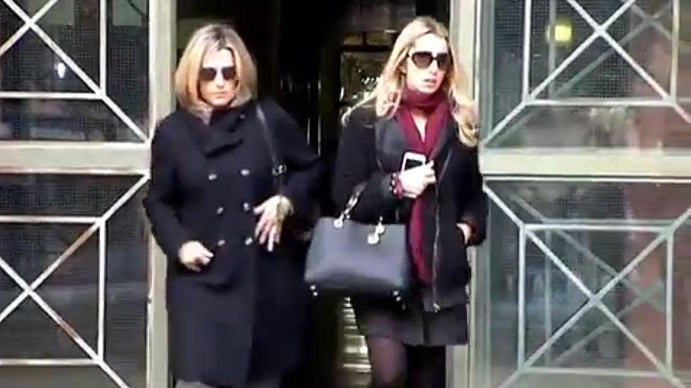 Las hijas de la viuda del presidente de la CAM querían controlar a su madre.Registro en el domicilio del detenido