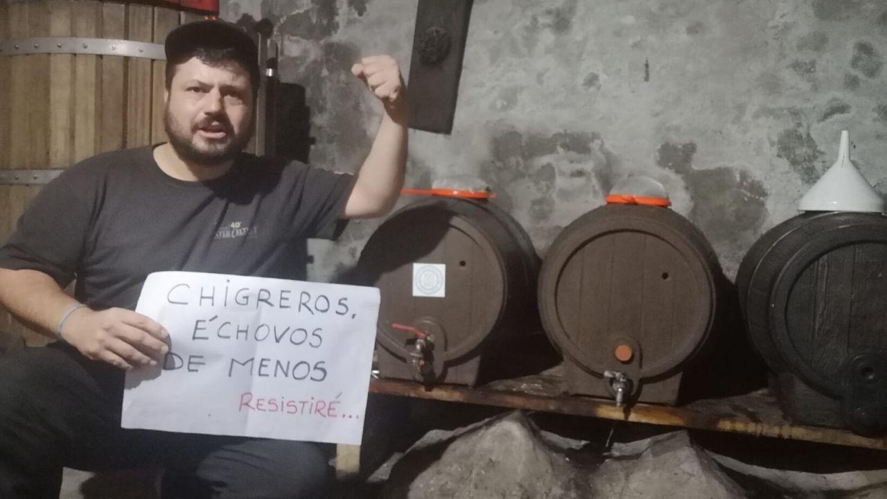 Aitor García, alcalde de Bimenes, manda desde su casa un mensaje de ánimo a los hosteleros del concejo