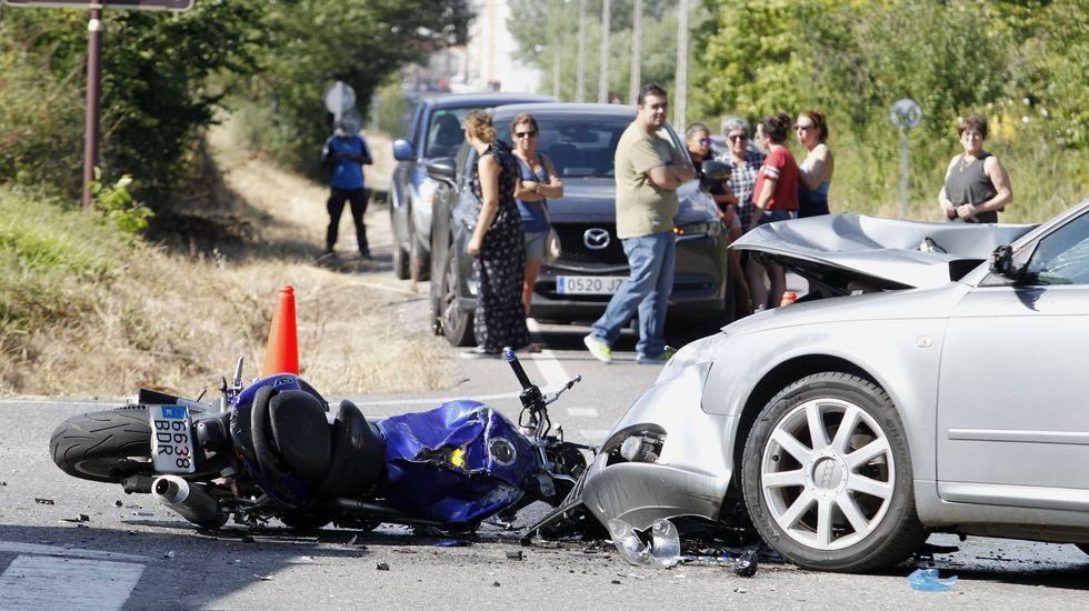 Fotografia del accidente que le costó la vida a dos motoristas en Monforte el pasado 16 de agosto