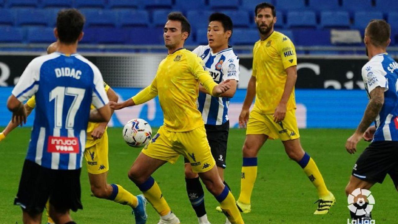 Una jugada del partido entre Espanyol y Alcorcón