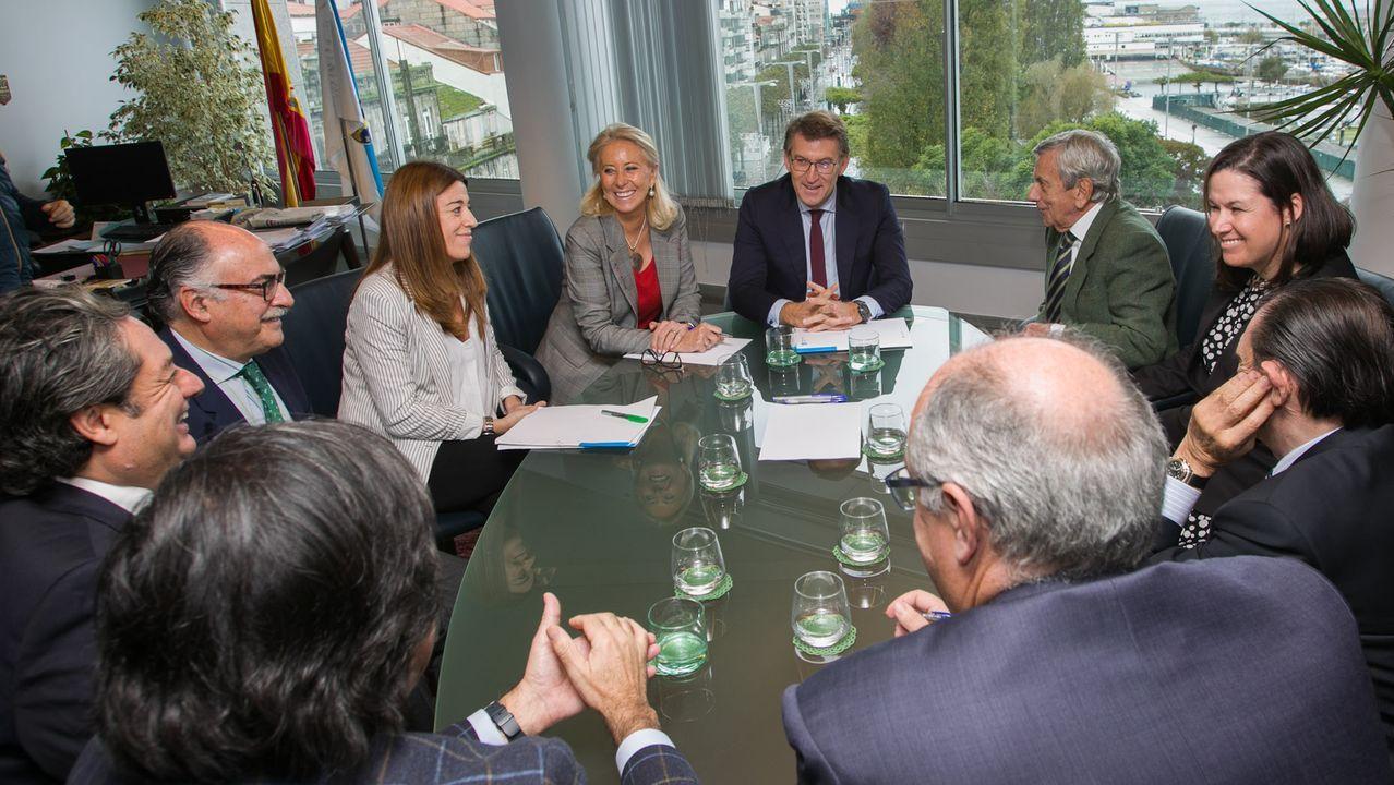 Imagen de la declaración institucional del presidente de la Generalitat, Quim Torra, acompañado de todo su Gobierno