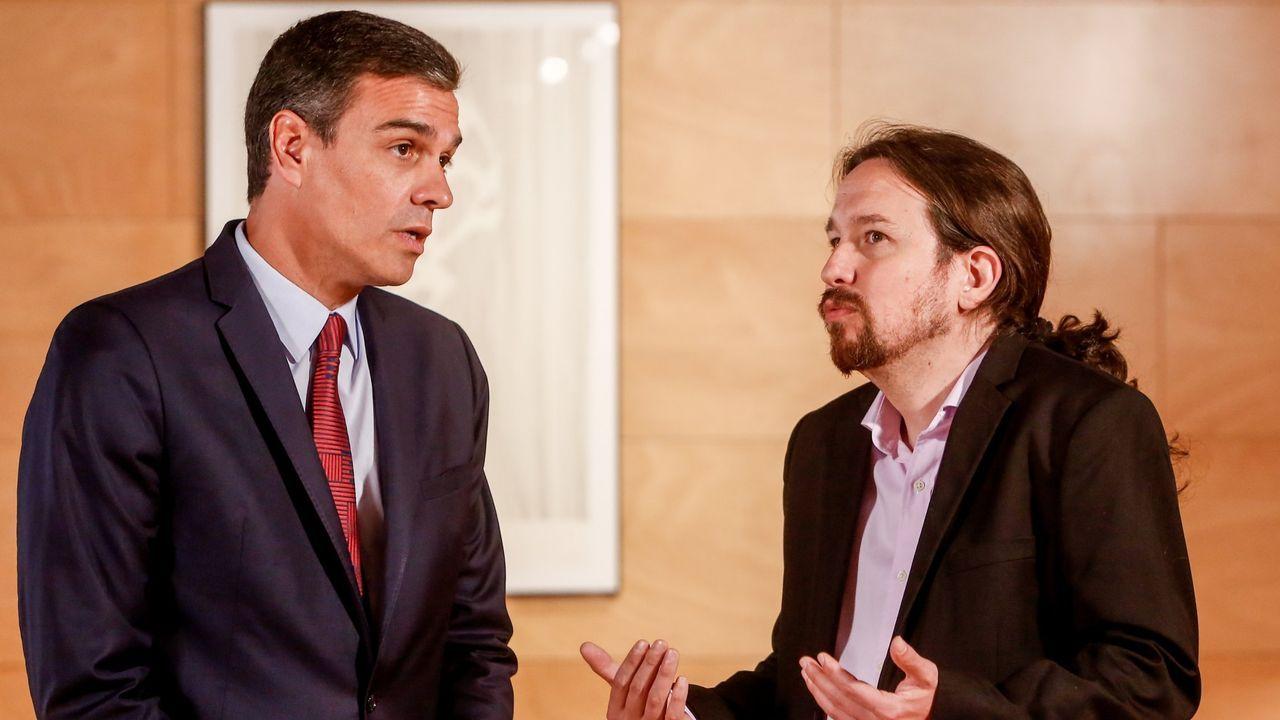 El presidente del Gobierno en funciones, Pedro Sánchez, junto al líder de Unidas Podemos, Pablo Iglesias.
