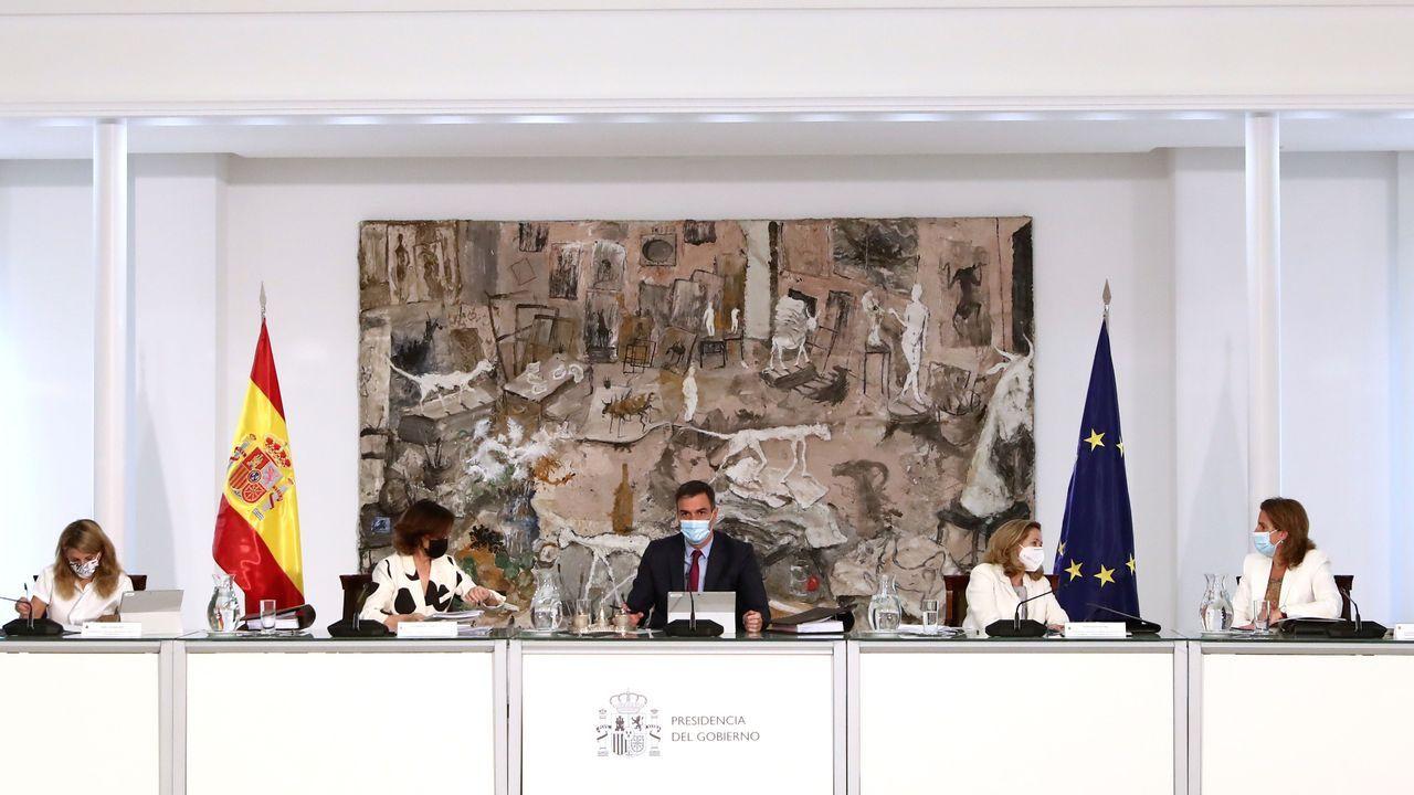 El presidente del Gobierno, Pedro Sánchez, presidió este martes la reunión del Consejo de Ministros en la Moncloa