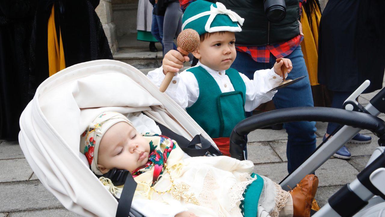 O Domingo das Mozas Lugo vistese e soa a galego.Concierto didáctico de la Tradescola hace unas semanas en Castro de Rei