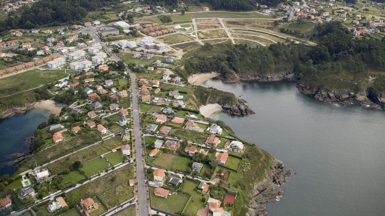 carral.Vista aérea de la zona de Canide, en la localidad oleirense de Mera