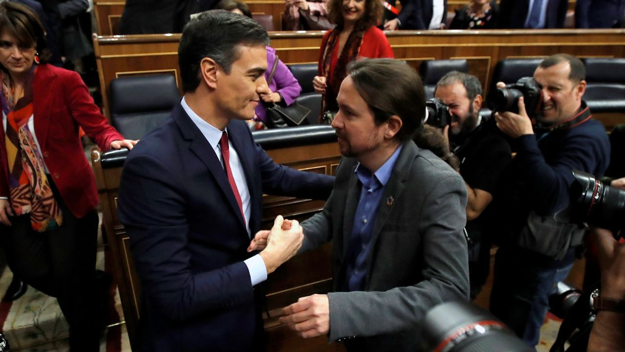 La jornada definitiva de la sesión de investidura, en imágenes.Emiliano García-Page, presidente de Castilla-La Mancha