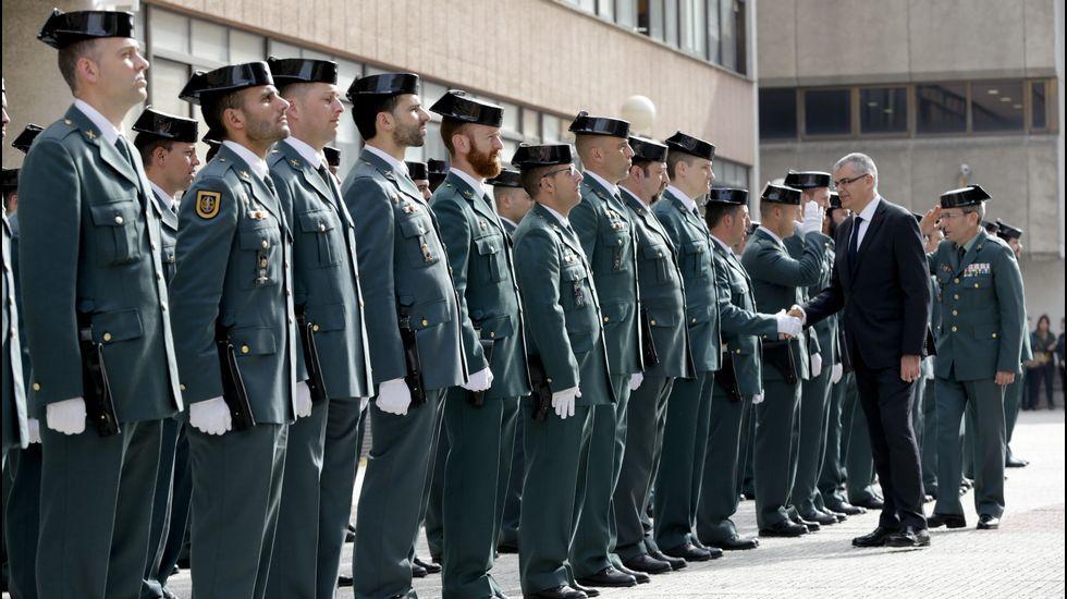 Así fue la botadura del «Carrasco».Los cuarteles han dejado de atender al público para priorizar las patrullas de seguridad.