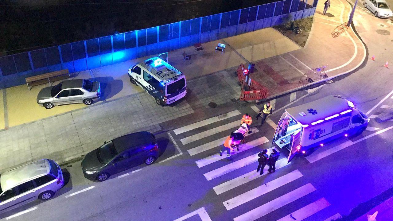 El atropello se produjo a primera hora de este lunes en la calle José Malvar de la ciudad de Pontevedra
