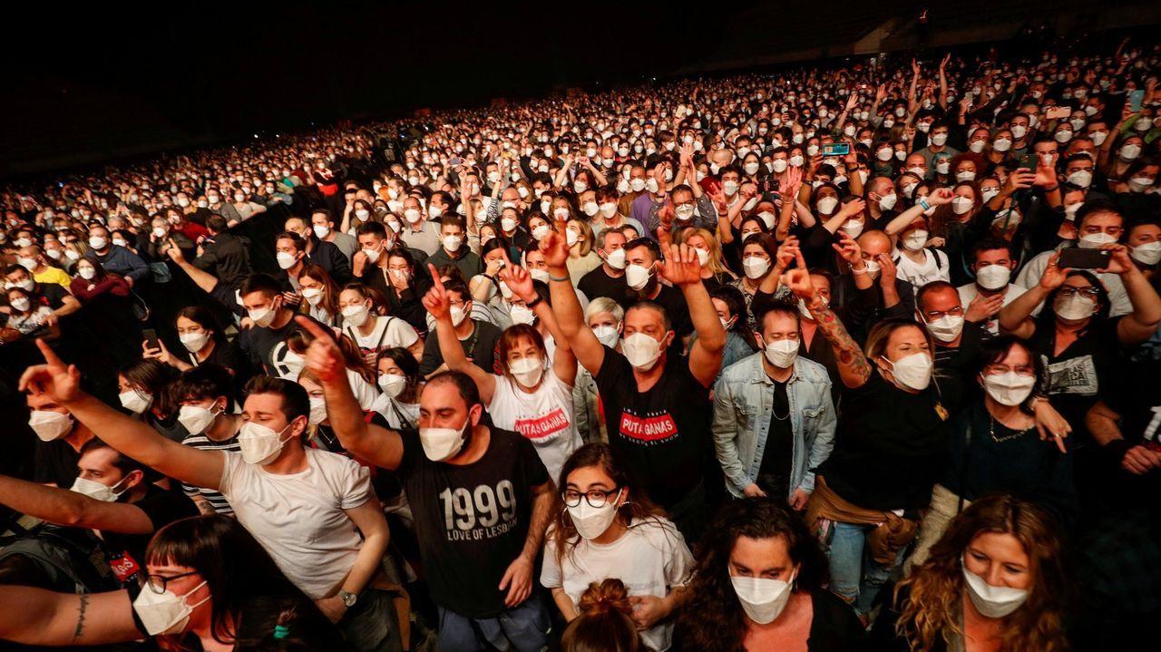 En directo: Feijoo explica las restricciones en Galicia tras el fin del estado de alarma.Terrazas en julio del 2020