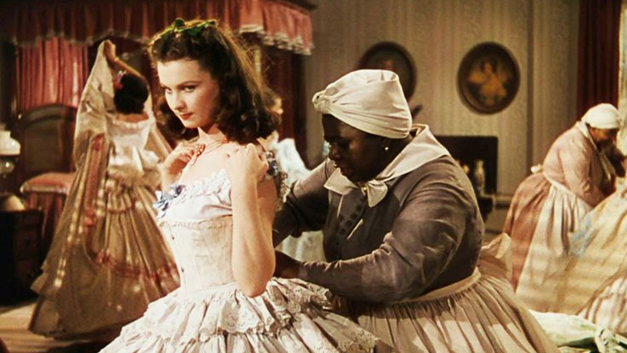 Los móviles del Mobile.«Lo que el viento se llevó». Un cine de Memphis retiró la pelicula después de que algunos usuarios criticaran la falta de sensibilidad con la que se trata la esclavitud.