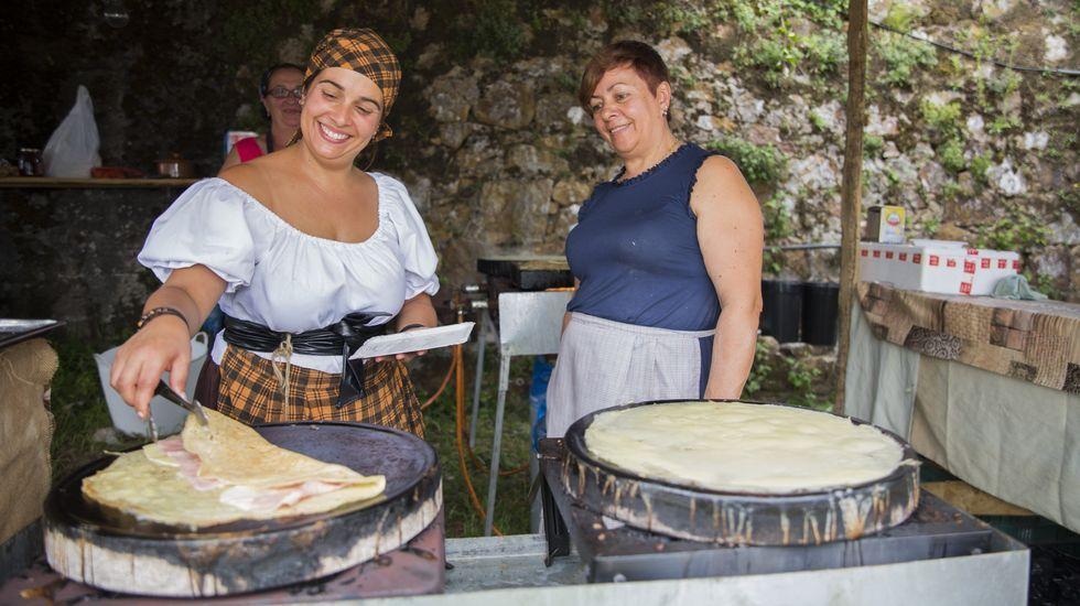 Mercado do Infante Afonso en Moraime: artesanía, gastronomía y más