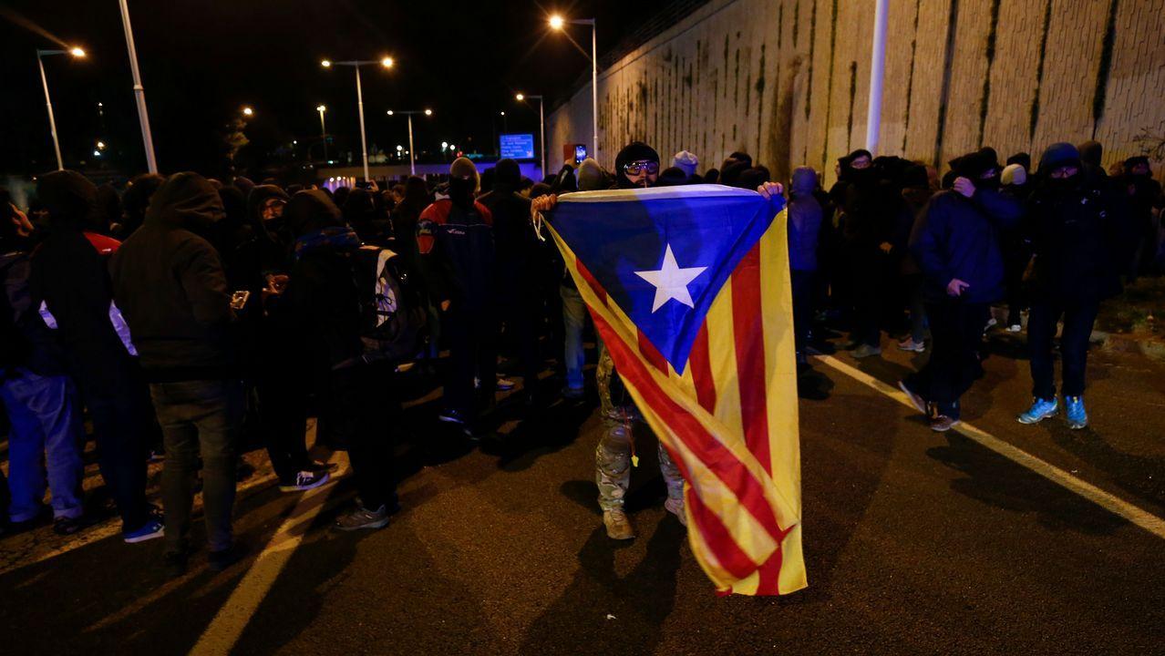 Protesta de los CDR bloqueando una calle