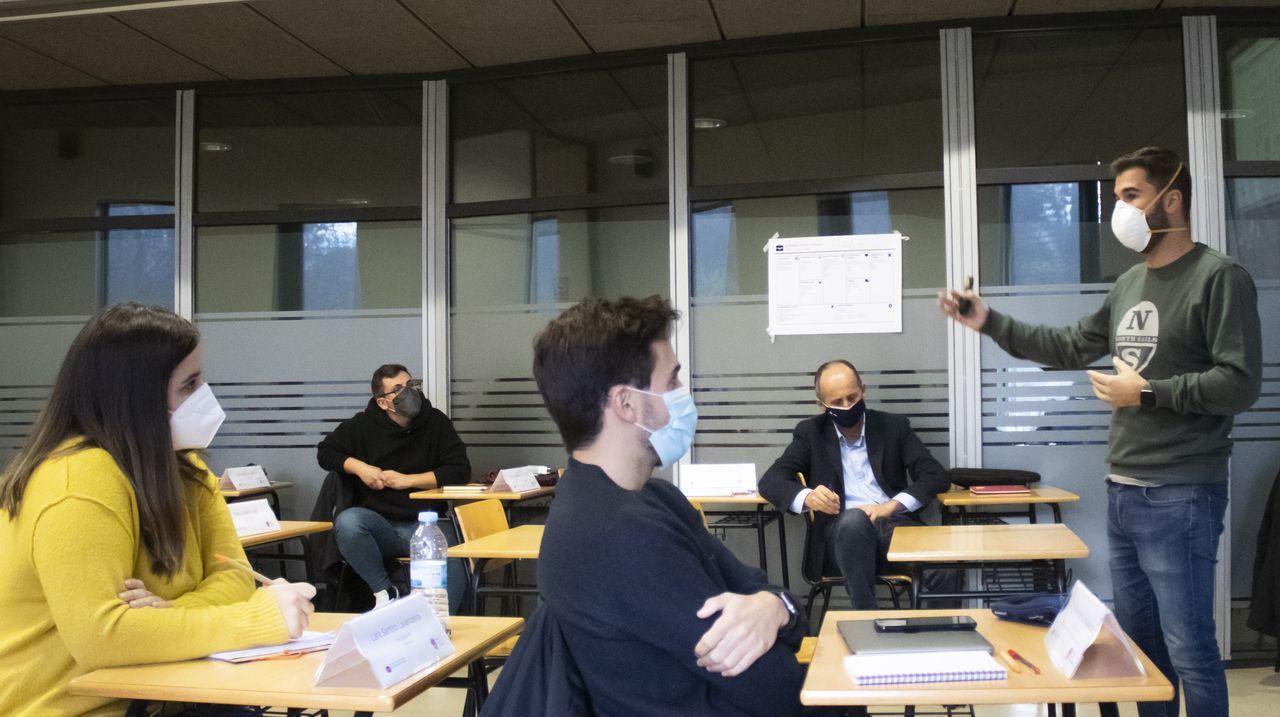Nueva Pescanova.Firma de un convenio entre Abanca y la asociación del polígono de San Cibrao