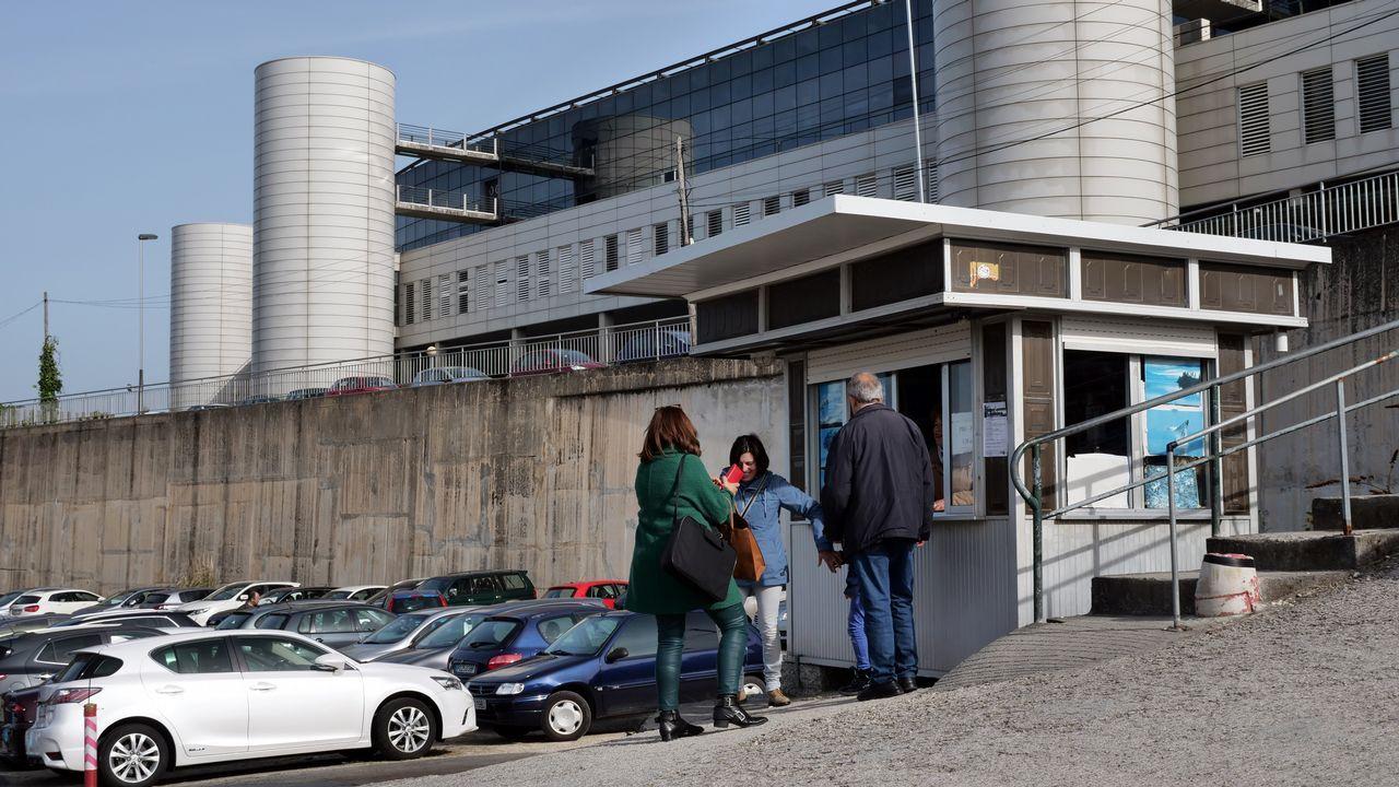 En el Montecelo, la referencia es un parking de pago: cuesta 1,50 euros todo el día