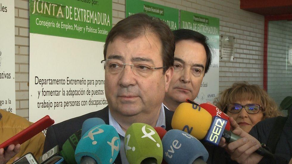 María Jesús Montero comparte confidencias con Nadia Calviño en la rueda de prensa posterior al Consejo de Ministros