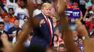 Donald Trump presenta su candidatura