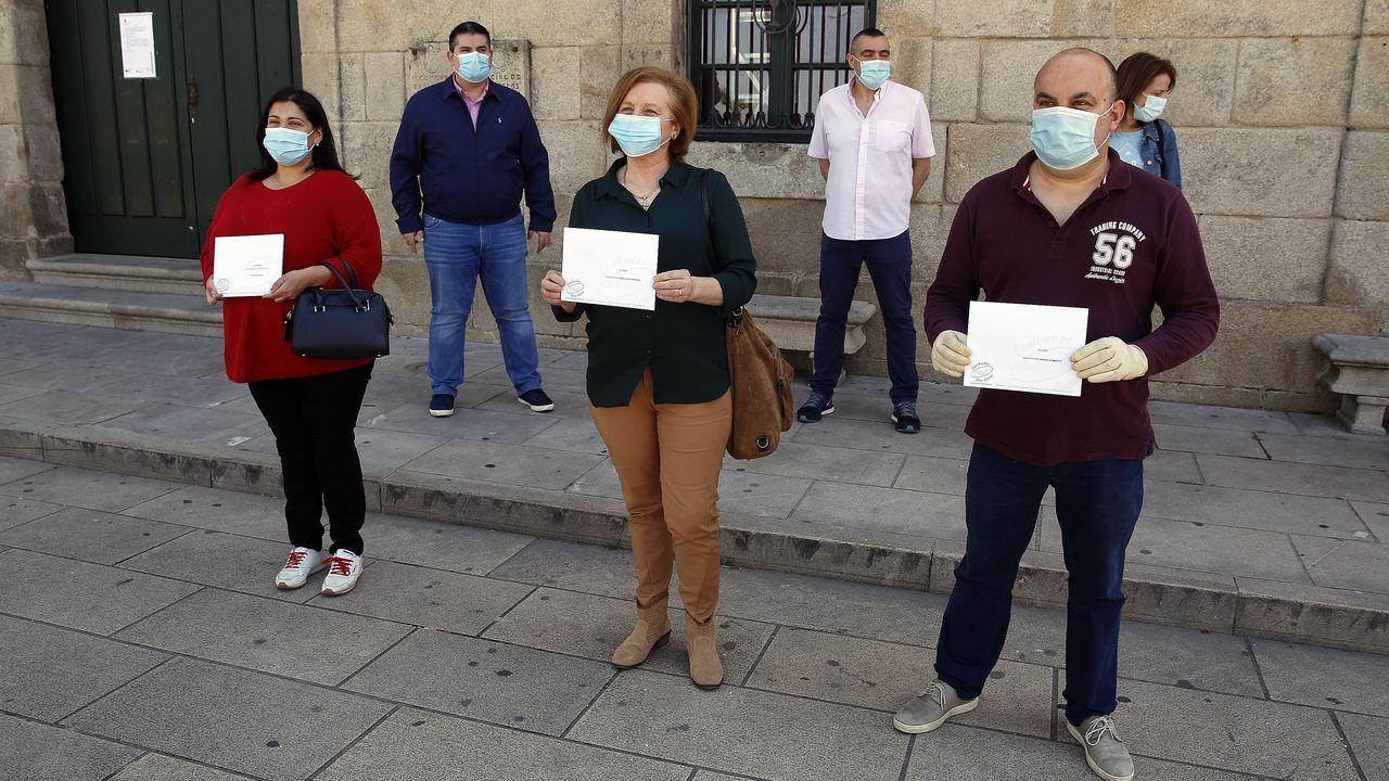 Primer domingo de fase 1 en Galicia: nadie se queda en casa.La Guardia Civil intervino en la tensa confrontación vivida ayer en A Guarda