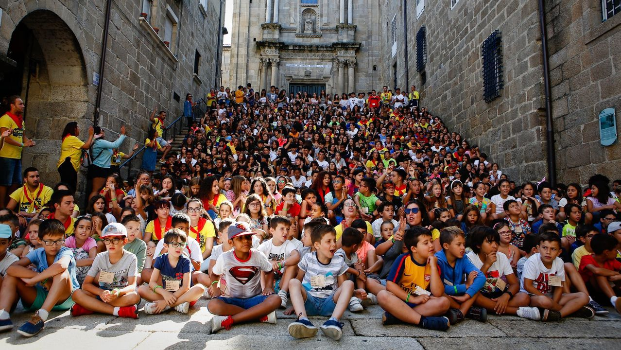 Cientos de niños participan cada año en el campamento urbano de Amencer