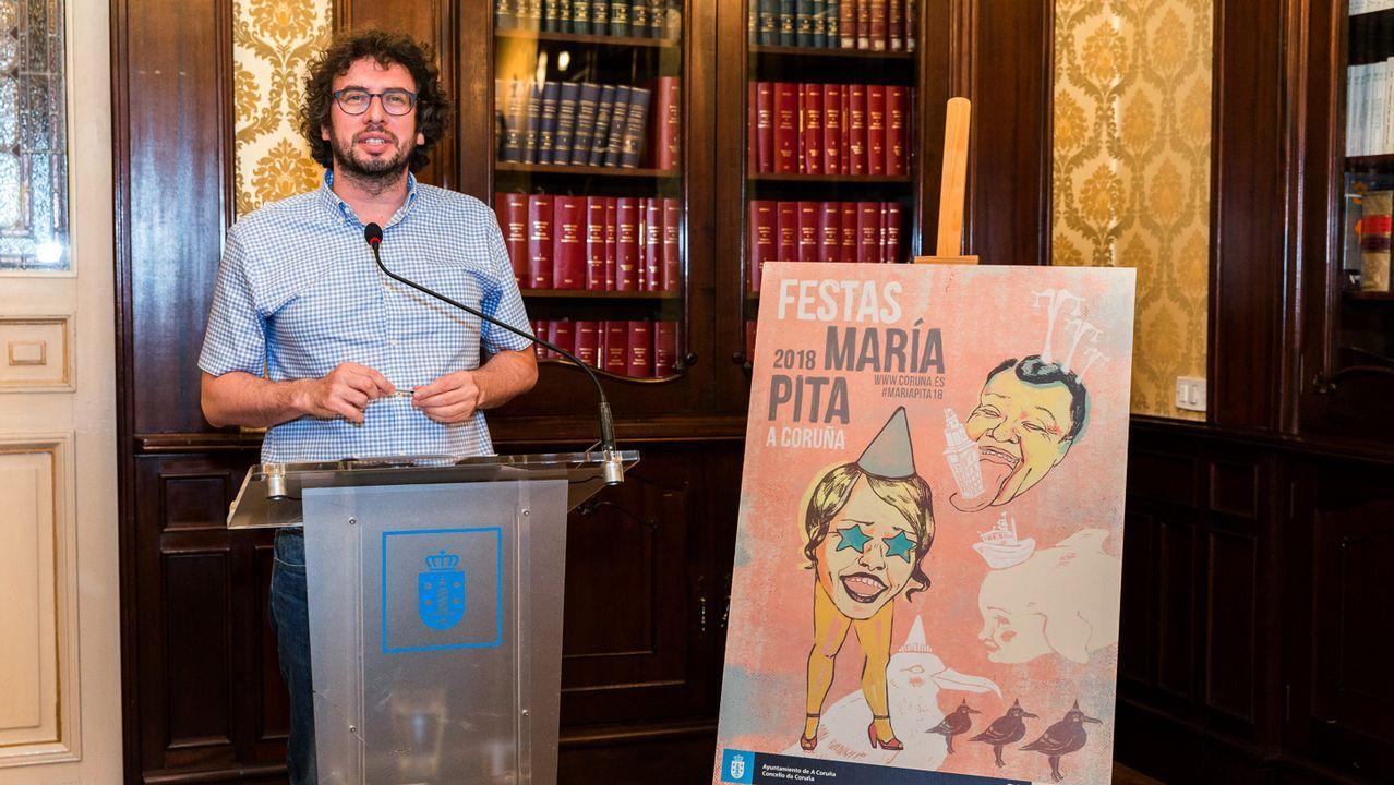 La manifestación por la oficilidad en imágenes.Concentración organizada por el colectivo «Morir Dignamente» a favor de una ley de eutanasia en la plaza Porlier, en Oviedo