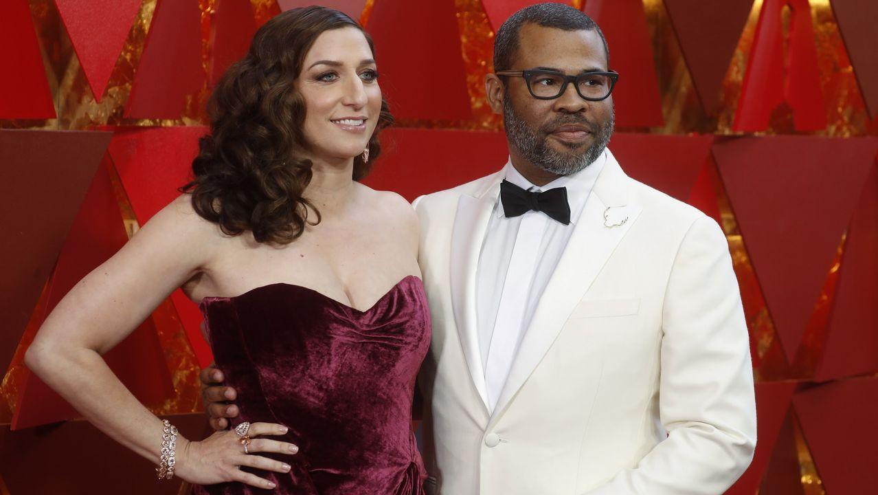El director Jordan Peele y la actriz Chelsea Peretti
