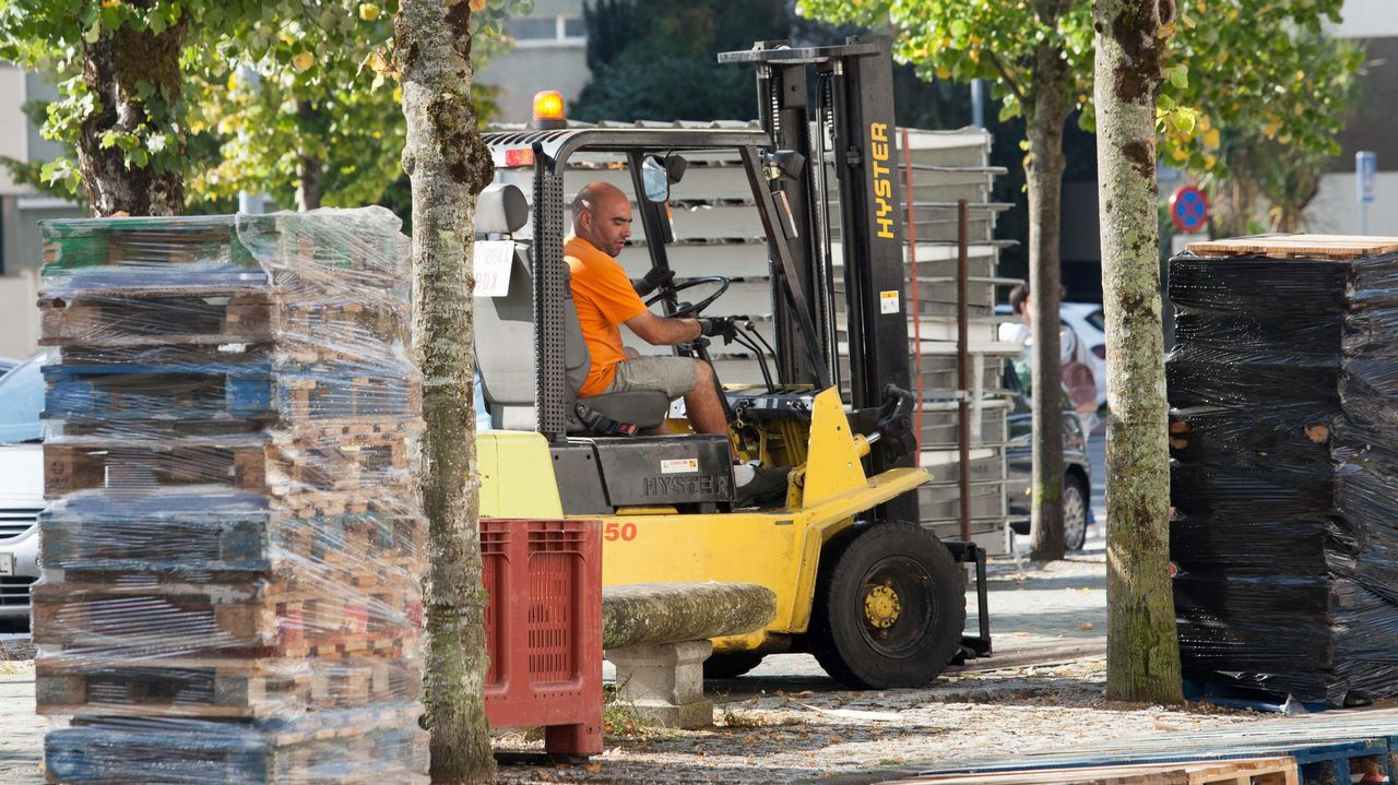 Concentración en defensa de las pensiones públicas en Gijón