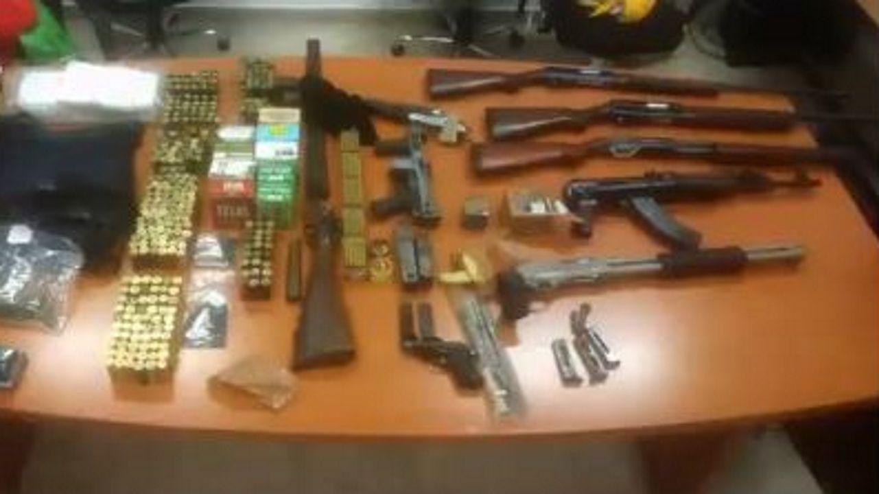 Parte de las armas incautadas en la operación contra la mafia calabresa