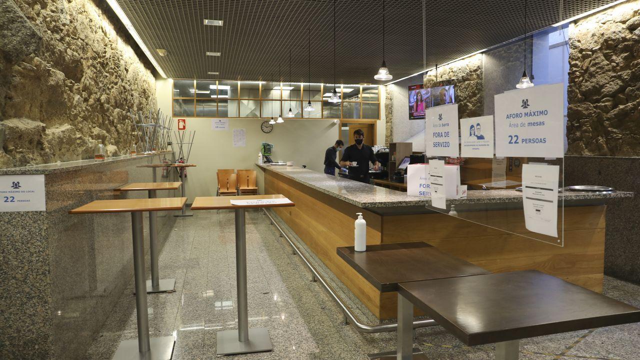 La cafetería del Parlamento gallego permanece cerrada